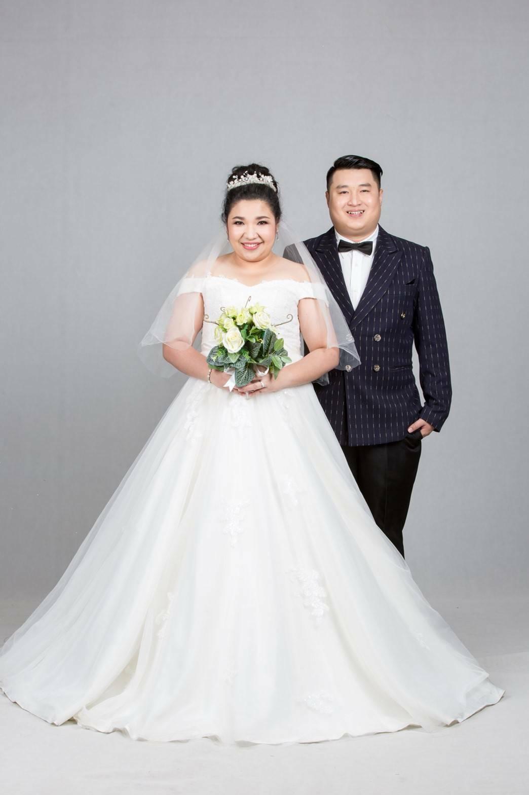 ชุดแต่งงานคนอ้วน