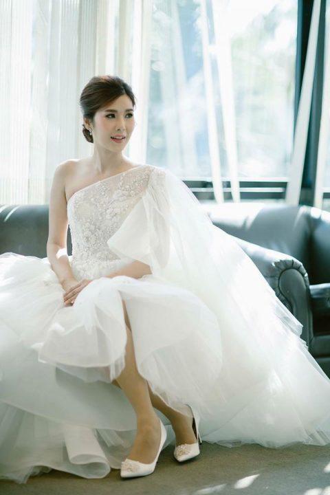 ชุดไทยเเต่งงานแบบเรียบง่าย