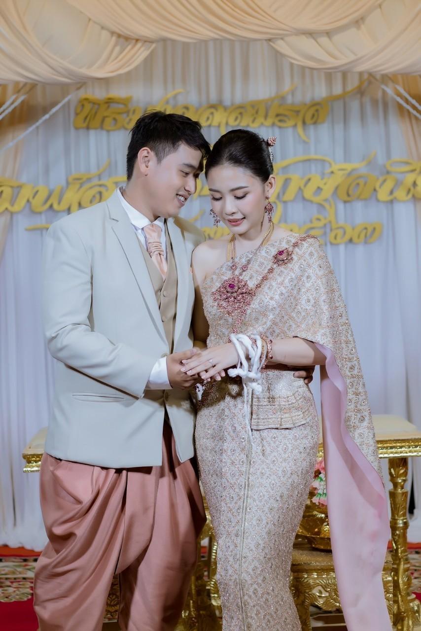 ตัดชุดไทยแต่งงาน